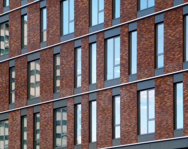 1005-ROC-facade